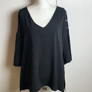 Revel Plus Black y Neck Short Fluter Sleeve top